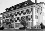 Der Hauptsitz der CBA befindet sich in einem stattlichen Gebäude in Huttwil. Quelle: Clientis Bank Oberaargau