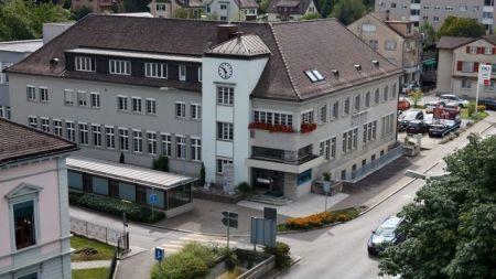 Der Hauptsitz der ZOM in Wetzikon befindet sich an attraktiver Lage. Quelle: ZOM AG