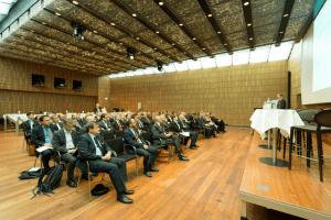 CEO und CFO von Schweizer Regiona- und Kantonalbanken folgten den Referaten.