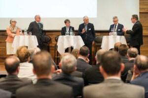 Diskussionsrunde Wachstumstreiber Firmenkundengeschäft?