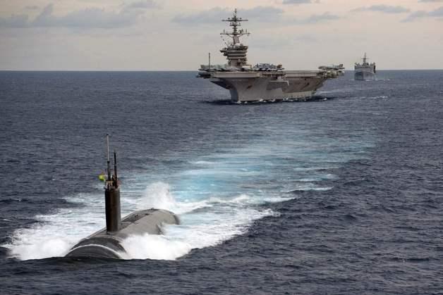 porta-aviões submarino