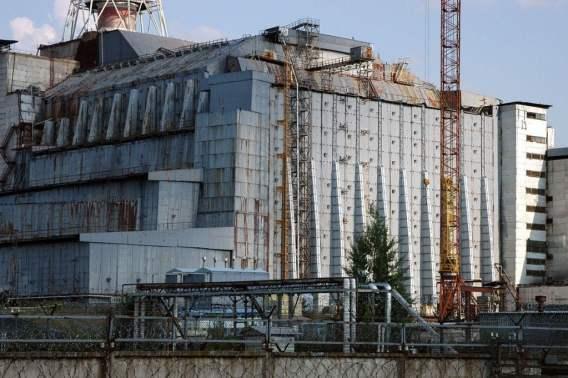 4º bloco da Usina Nuclear de Chernobyl Uma visão do sarcófago em 2005