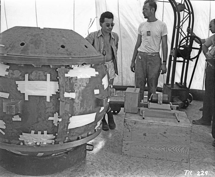 001 demon core nuclear bomb plutonium 6
