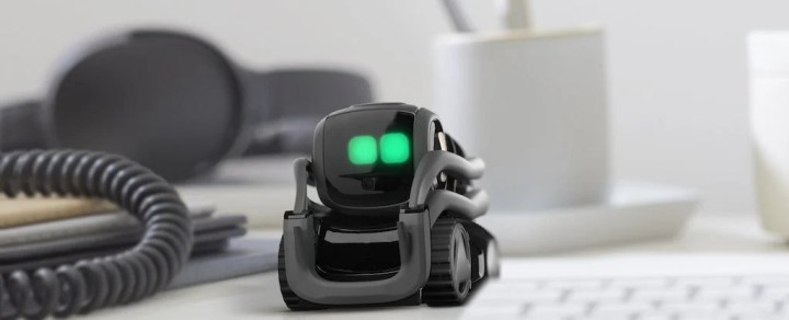 Vector Nouveau robot mignon qui est la moitié