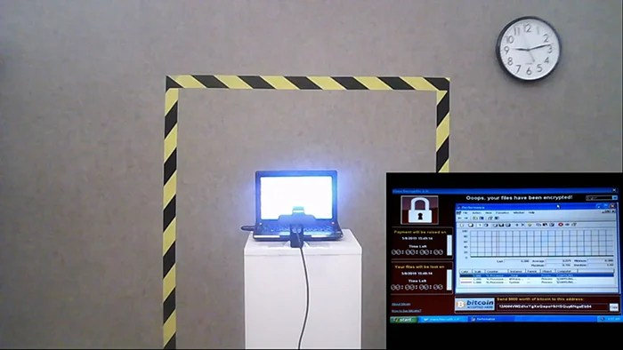 hacker virus laptop 2