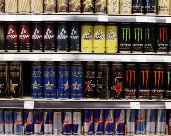 Энергетический напиток – как это работает и чем вредны ...