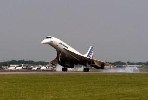 Air France plane Concorde landing