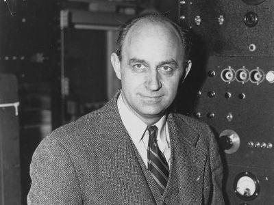 Enrico Fermi (smithsonianmag.com)