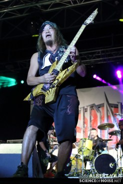 d_loudness_ripollet_rock_02