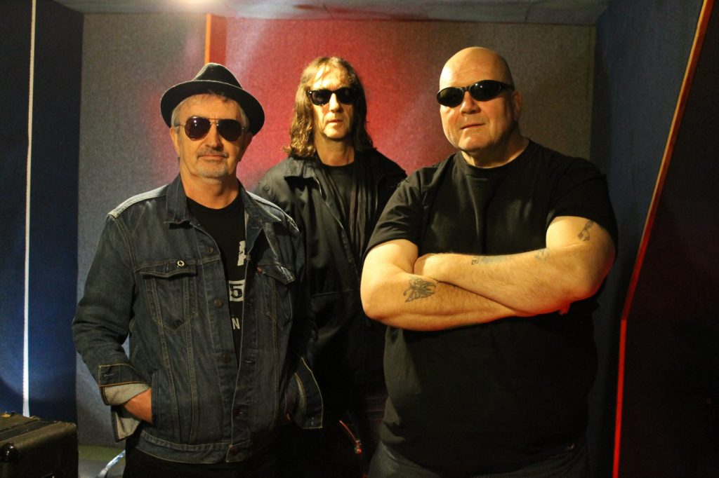 The Lurkers band