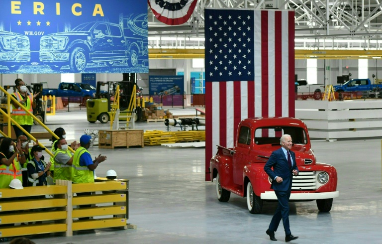 US President Joe Biden speaks from the Ford Rouge Electric Vehicle Center in Dearborn, Michigan, May 18, 2021 (AFP - Nicholas Kamm)