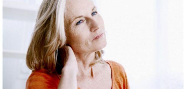 Les zones les plus douloureuses sont proches de la colonne vertébrale, comme la nuque, les épaules, la zone comprise entre les 2 épaules, les omoplates, le bas du dos, les hanches.