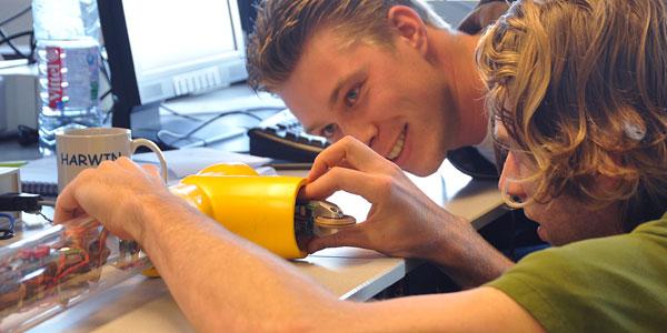 De robot moet onder meer een bochtje kunnen maken. Afbeelding: Universiteit Twente.