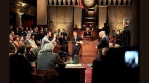 Het Nederlandse televisieprogramma 'Het Lagerhuis' was een populaire vorm van debat. Dit programma werd tot 2005 uitgezonden.