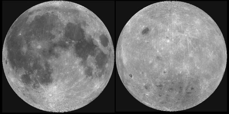 Links een foto van de voorkant van de maan met de duidelijk herkenbare maanzeeën. Rechts een foto van de achterkant van de maan met heel veel kraters, maar geen zeeën.
