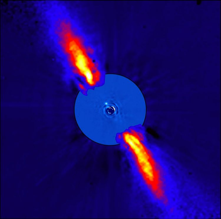 Bèta Pictoris in infrarood licht. Hierdoor is de stofschijf goed zichtbaar. In het centrum is de onlangs ontdekte exoplaneet zichtbaar.