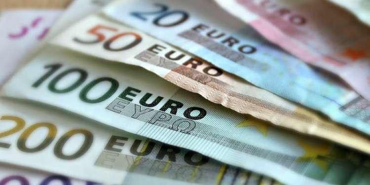 De euro lijkt nog wel even in ons midden te blijven.