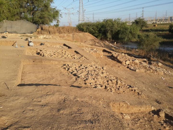resten van de stadsmuur van Gat