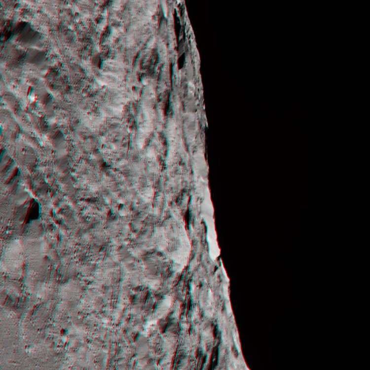 Voor deze foto moet je je 3D-bril opzetten! Afbeelding: NASA / JPL-Caltech / UCLA / MPS / DLR / IDA.