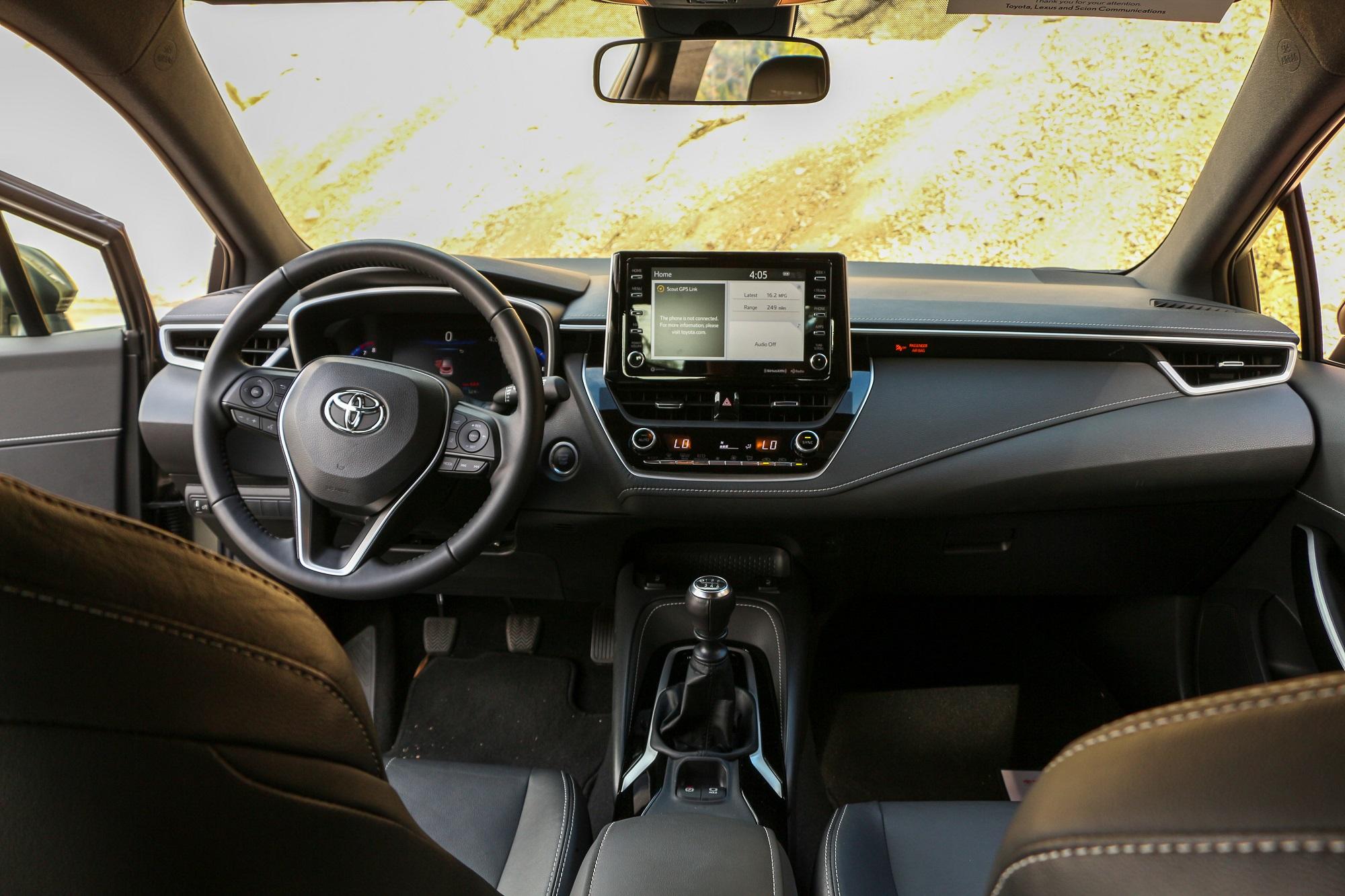 2019 Toyota Corolla Hatchback SE XSE Manual Transmission Interior Exterior Colors Bronze Oxide Engine EnTune Features Review News Comparison Honda Civic Sport Mazda3 Scionlife.com