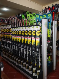 Ski hire equipment in Poiana Brasov | the best equipment for VIP persons