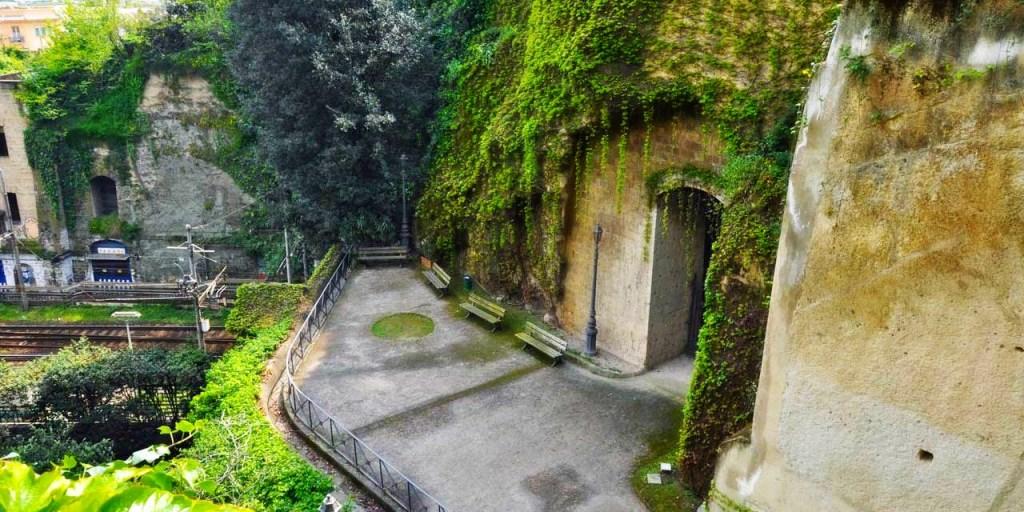 Crypta Neapolitana Parco Vergiliano