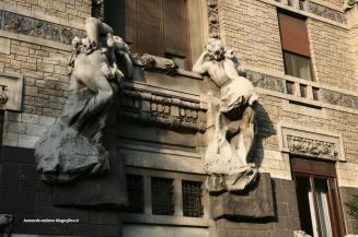 i 2 nudi femminili di Villa Romeo-Faccarani (già su Palazzo Castiglioni)