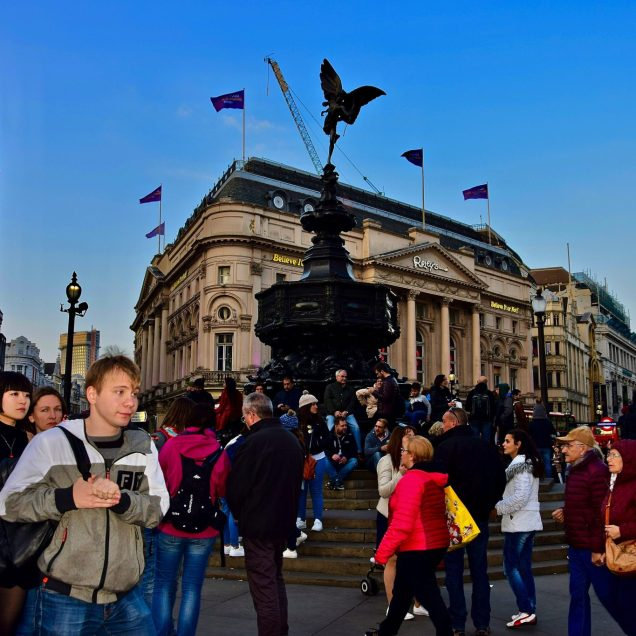 Piccadilly Circus, Londra (Inghilterra)-min