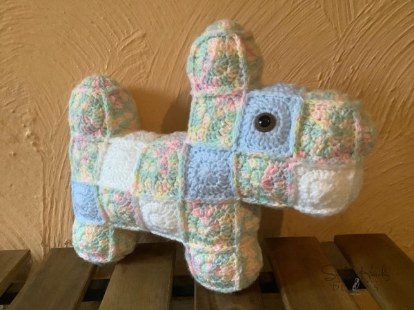 patchwork crocheted scottie dogs blue