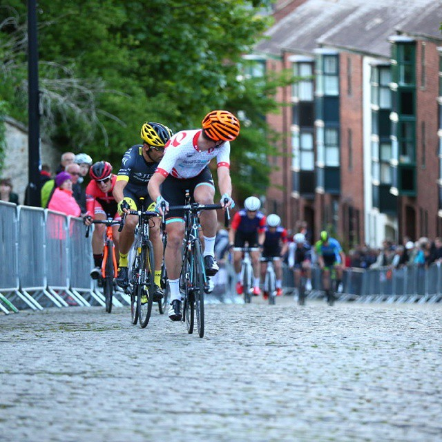 pearlizumi tourseries durham bike race cobbles