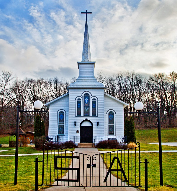 Olde St. Ann's Church   Scott County, Iowa