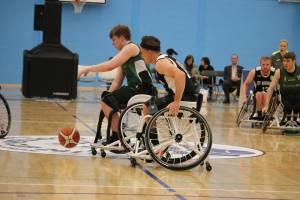 Josh Manson and Gordon Reid playing in the Scottish Cup
