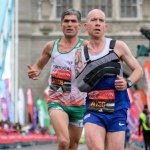 Derek Rae in the 2016 London Marathon