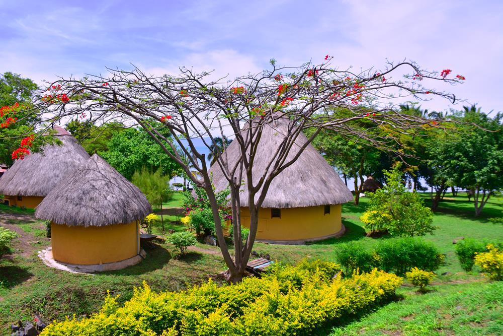 Lake_Victoria_Safari_Village