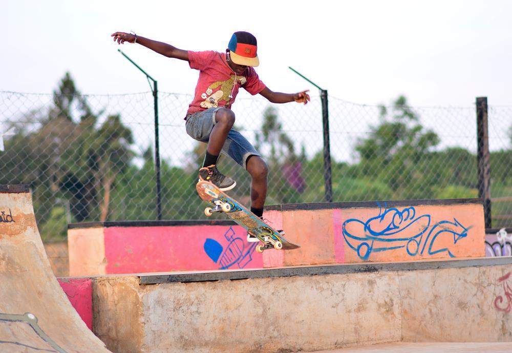 Skateboarding_Balo