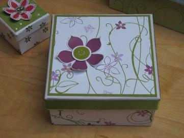 Dosen und Kisten (7)