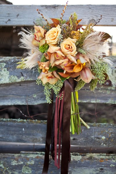 image via Wedding Wire | Photography by Danielle Gillete Photography