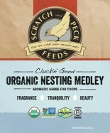 Scratch and Peck Feeds Organic Nesting Medley