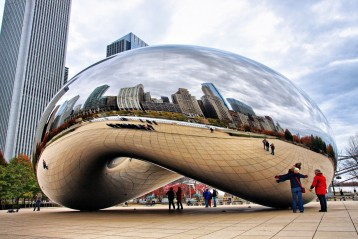 Cloud Gate in Millennium Park Chicago, Il