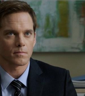 Adam Harrington as Agent York in The Mob Doctor. Image © FOX.