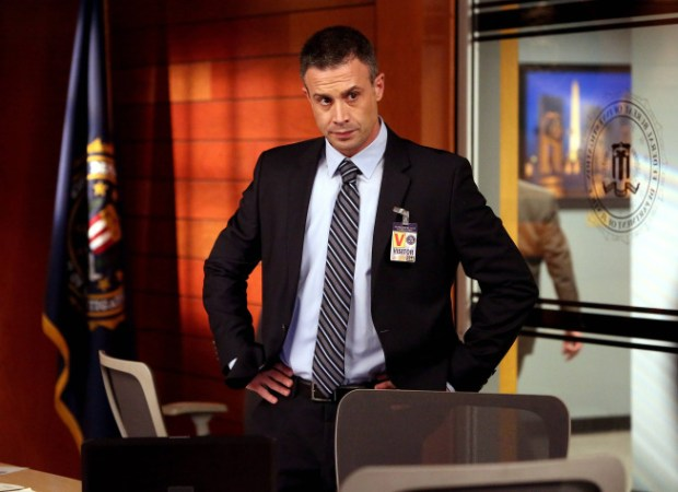 Guest star Freddie Prinze, Jr. as Danny Beck. Co.  Cr:  Patrick McElhenney/FOX
