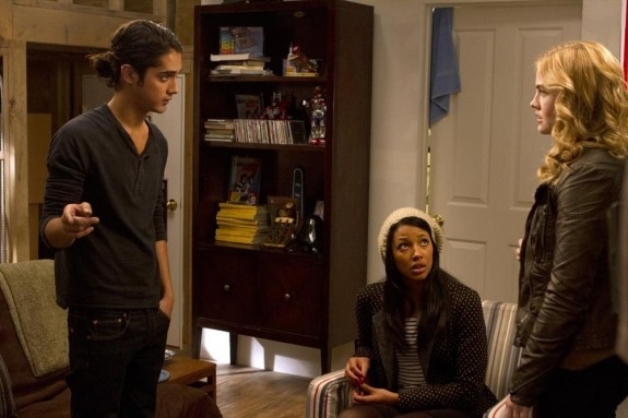 Pictured (L-R): Avan Jogia, Kylie Bunbury, Maddie Hasson -- Photo: © 2014 ABC Family