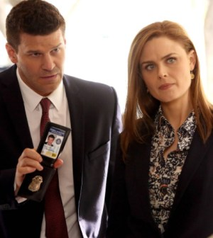 "Brennan (Emily Deschanel, R) and Booth (David Boreanaz, L) search for a terrorist in the ""The Source in the Sludge"" Time Period Premiere episode of BONES airing Monday, March 10 (8:00-9:00 PM ET/PT) on FOX."