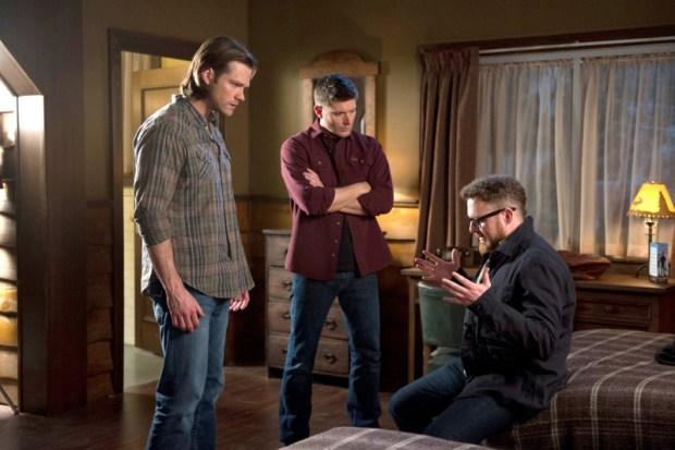 Pictured (L-R): Jared Padalecki as Sam, Jensen Ackles as Dean, and AJ Buckley as Ed -- Credit: Diyah Pera/The CW