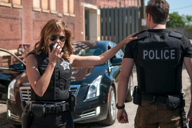Pictured: (l-r) Sophia Bush as Erin Lindsay, Jesse Lee Soffer as Jay Halstead -- (Photo by: Matt Dinerstein/NBC)