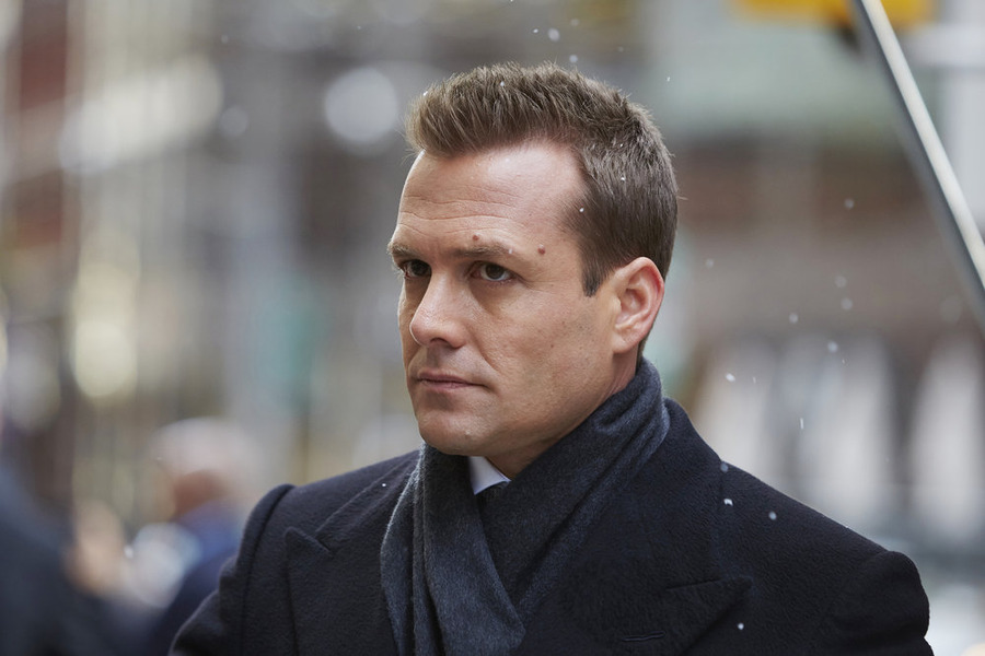 harvey specter hair style gabriel macht talks suits finale donna declaration 9230