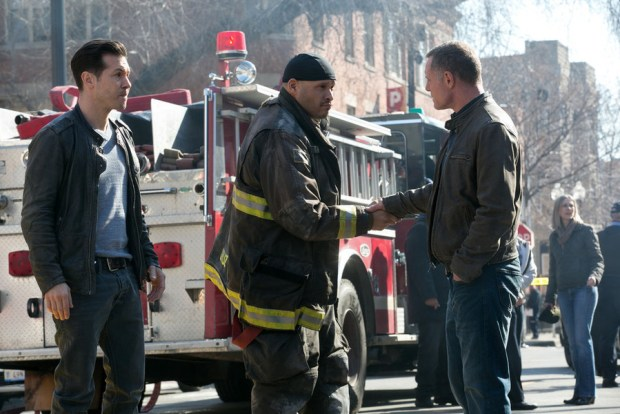 Pictured: Jon Seda as Antonio Dawson, Joe Minoso as Joe Cruz, Jason Beghe as Hank Voight -- (Photo by: Elizabeth Sisson/NBC)