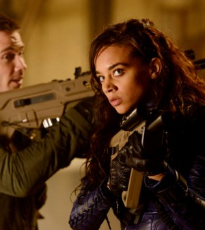 "KILLJOYS -- ""The Sugar Point Run"" Episode 102 -- Pictured: (l-r) Luke Macfarlane as D'Avin, Hannah John-Kamen as Dutch -- (Photo by: Steve Wilkie/Syfy)"