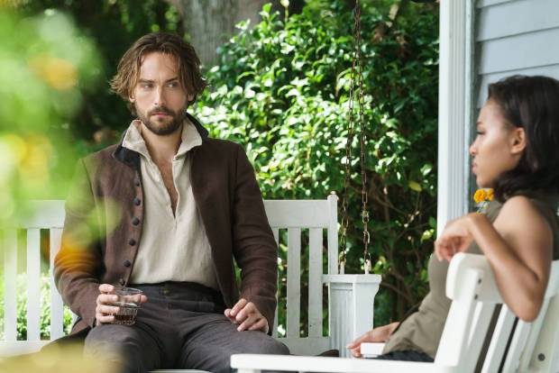 SLEEPY HOLLOW: Ichabod Crane (Tom Mison) and Abbie (Nicole Beharie). Co. CR: Tina Rowden/FOX