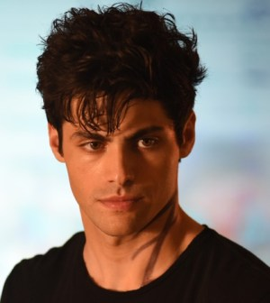 Brave New World: How SHADOWHUNTERS Navigates Alec Lightwood's Story In ...